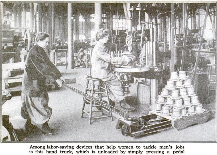1918: transpalet manual la lucru